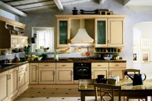 Cucina Scavolini Mod. Belvedere Finitura Rovere Panna Antico