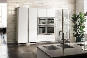 Cucina Scavolini Mod. Diesel OpenWorkshop Finitura Bianco Prestige Laccato Opaco + Vetro Profili Acciaio